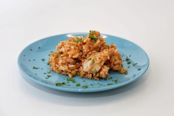 arroz colorido de frango