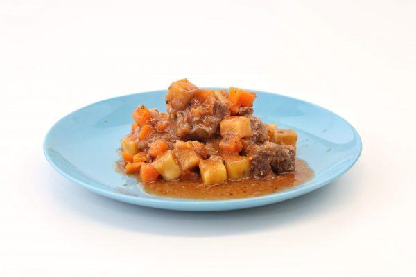 Vitela-Estufada-com-Cenoura-e-Batata-doce-comida-para-bebé-gourmet